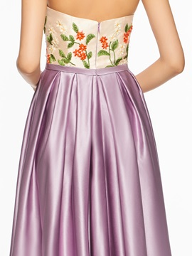 Chic Sweetheart Embroidery Prom Dress