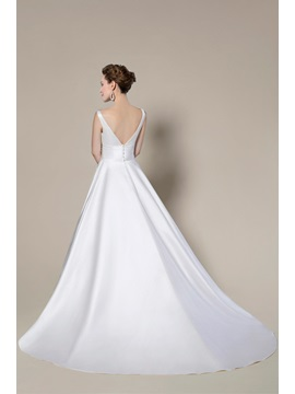 Noble Simple Style Scoop Zipper-Up Court Train A-Line Wedding Dress