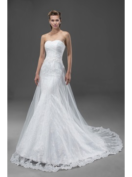 High-Quality Appliques&Sequins Court Train Zipper-up Sweetheart Wedding Dress