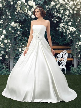 Simple Style Classic Strapless Floor Length A-line Satin Wedding Dress