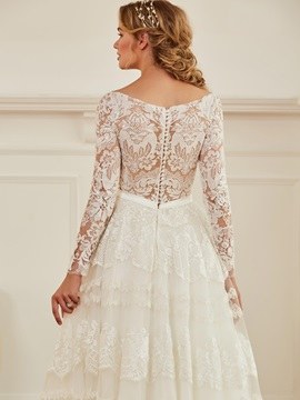 Splendid V-Neck Sequined Lace Wedding Dress with Long Sleeves