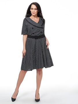 Vintage Polka Dots V-Neck Plus Size Women's Skater Dress
