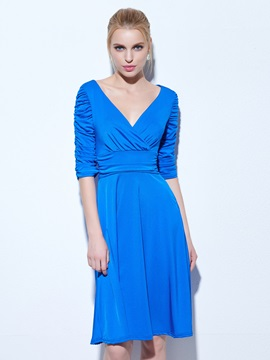 Casual V-Neck Ruched Half Sleeves Knee-Length Cocktail Dress & unusual Featured Sales
