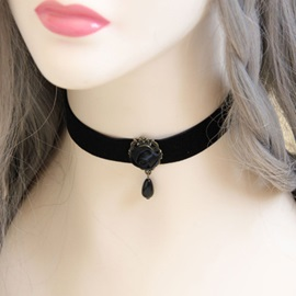 Black Rose Decorated Rope Necklace