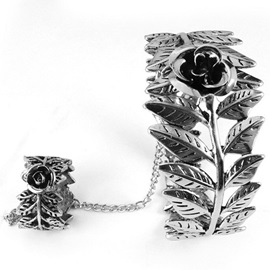 Retro Rose Leaves Hollow-Out Bracelet with Ring