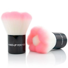 Pink Flower Design Blush Brush