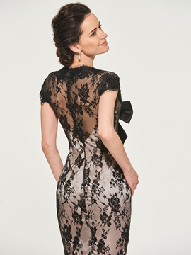 Knee-Length Cap Sleeve Lace Mother of the Bride Dress