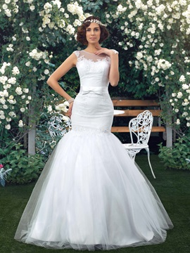Great Sheer Back Lace Appliques Mermaid White Wedding Dress & casual Free Shipping Sale