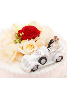 'Just Married' Cake Topper
