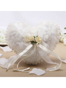 Delightful Heart-Shaped Flower Pearl Ring Pillow