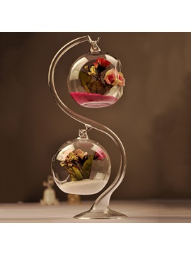 A Double Lob Hanging Glass Vases