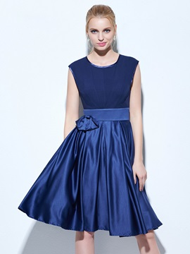 Scoop Neck Bowknot A-Line Knee-Length Cocktail Dress