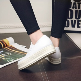 Solid Color Plain Toe Loafers