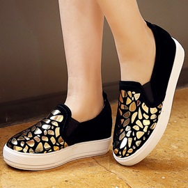 Platform Thread Stone Low-Heel Sneakers