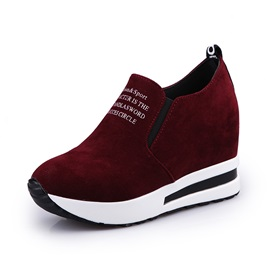 PU Print Hidden Heel Letter Slip-On Sneakers
