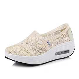 Low-Cut Upper Slip-On Hollow Canvas Sneakers