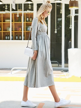 Solid Color Round-Neck Pleated Maternity Dress