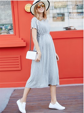 Solid Color Short-Sleeve Pleated Maternity Dress