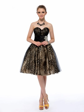 Cool A-Line Sweetheart Crystal Leopard Print Knee-length Homecoming/Cocktail Dress