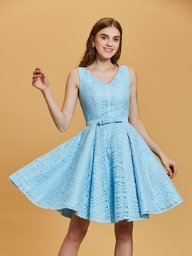 Pretty V Neck Zipper-Up Bowknot A Line Homecoming Dress