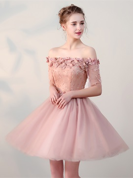 Charming A-Line Flowers Lace Pearls Off-the-Shoulder Half Sleeves Short Homecoming Dress