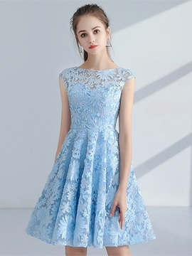 Charming A-Line Cap Sleeves Lace Scoop Knee-Length Homecoming Dress