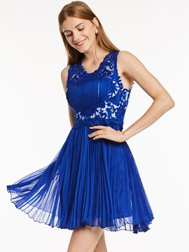 Straps Appliques Beading A-Line Short Homecoming Dress