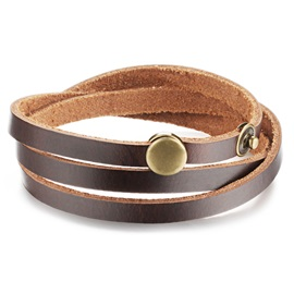 Vintage Style Rivets Decorated Leather Bracelet