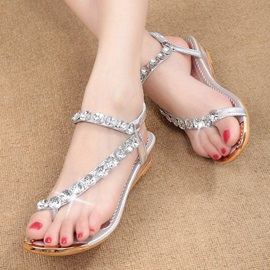 Rhinestone Ring-Toe Flat Sandals