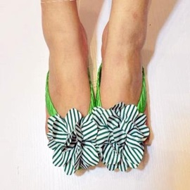 Striped Flowers Applique Thong Flat Sandals