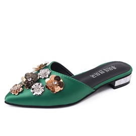 PU Flower Appliques Closed Toe Women's Sandals