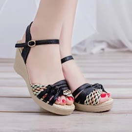 PU Crochet Peep-Toe Wedge Sandals