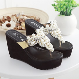 Chic Beading Thong Wedge Sandals