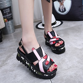 Camouflage Color Buckles Wedge Sandals