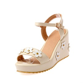 Sweet Applique Buckles Wedge Sandals