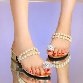 Beading Ring-Toe Square Heel Sandals
