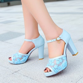 Embroidered Peep-Toe Chunky Heel Sandals