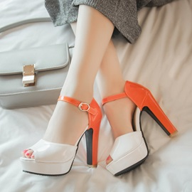 Contrast Color Peep-Toe Covering Heel Platform Sandals