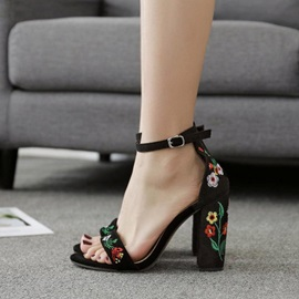 Embroidery Chunky Heel Line-Style Buckle Women's Sandals