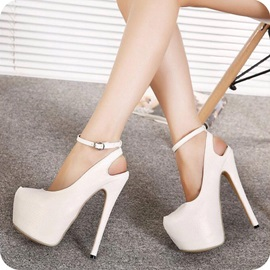 Plain Closed Toe Line-Style Buckle Heel Sandals