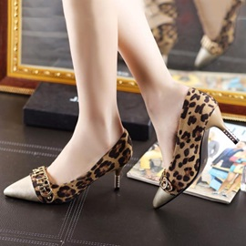 Deco Letters Pointed Toe Classic Pumps