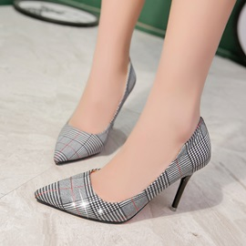 PU Print Plaid Low-Cut Upper Pumps