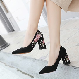 Embroidery Floral Pointed Toe Chunky Heel Women's Pumps