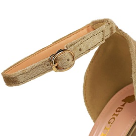 Hollow Buckle Pointed Toe Plain Thin Shoes