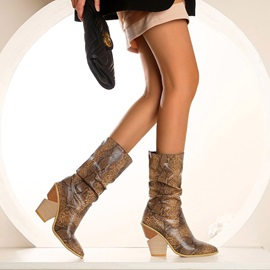 Slip-On Camouflage Pointed Toe Serpentine Boots