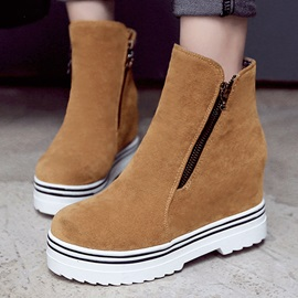 Suede Oblique Zipper Wedge Boots