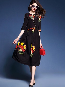 Chic Round Neck Long Sleeve Long Day Dress