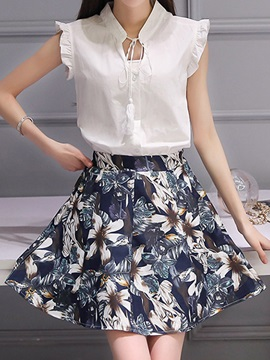 Stylish Tassel-Detail Top & Floral Skirt