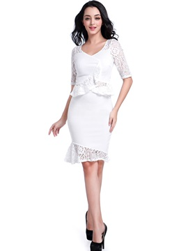 Round Neck White Perspective Women's Skirt Suit