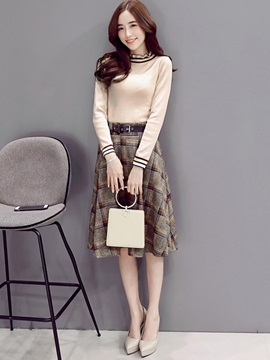 Plaid Skirt and Contrast Color Stripe Round Collar Pullover Women's Fall 2-Piece Set